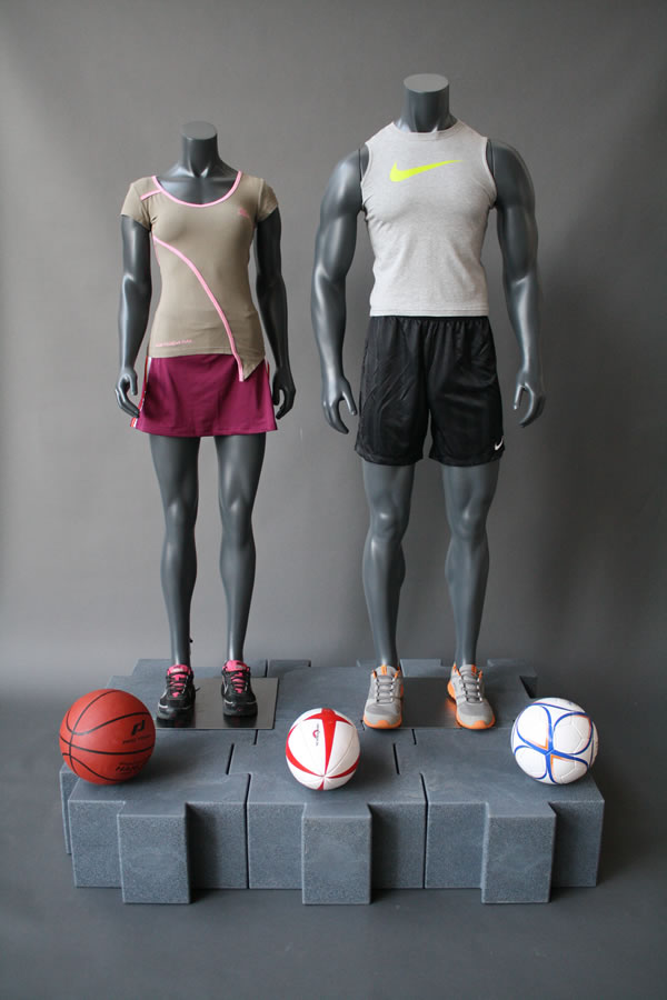manichini-muscolosi-sport.jpg