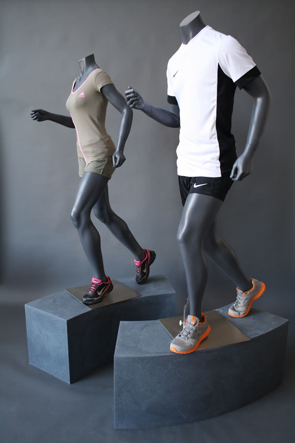 manichino-uomo-donna-running.jpg