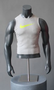 display-busto-uomo-muscolosi